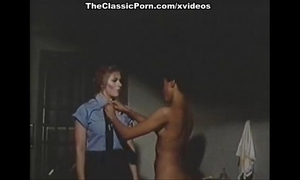 Candida royalle, lisa de leeuw, ian macgregor in vintage sex episode