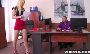 Sexy blond vanda craving in nylons office footjob and sex