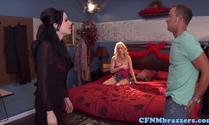 Cfnm fetish milfs in nylons blow fellow
