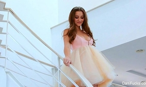 Princess dani daniels acquire her large knob