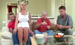 Brazzers - fucking my mommy ryan conner in kitchen